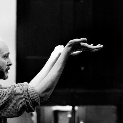 Vom Gogo-Tänzer einer Diskothek zur Weltspitze des modernen Balletts