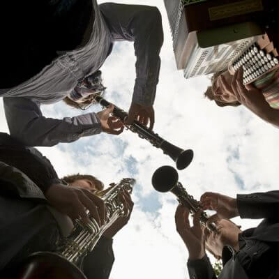 Von Bernstein und Piazzolla bis zur zünftigen Hüttenmusi