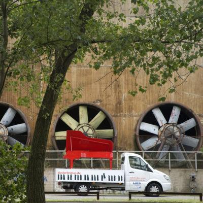 Klavier-Festival Ruhr. Das rollende Markenzeichen, der rote Flügel