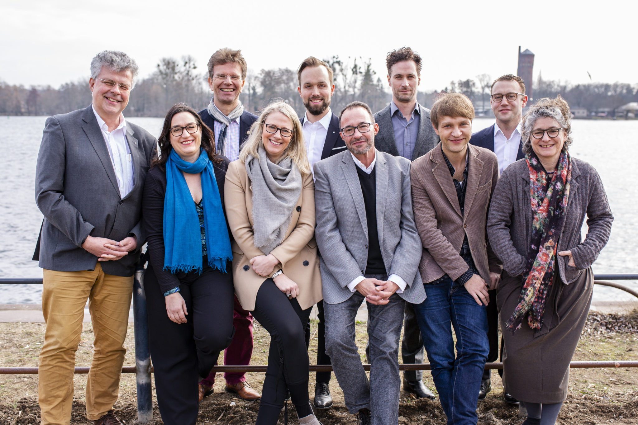 Die diesjährige Jury beim Fototermin an der Havel © offenblen.de