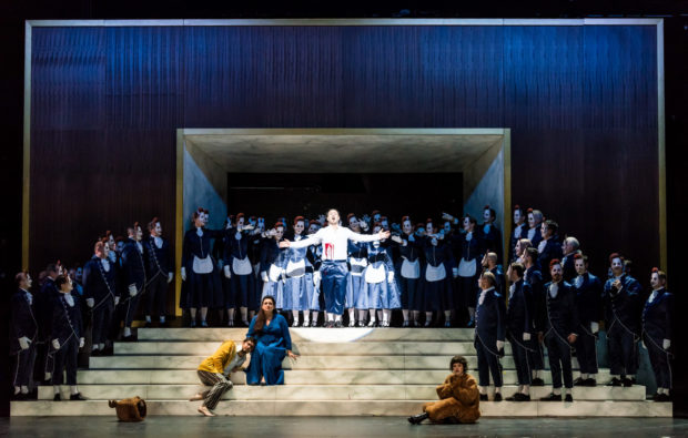 v.l.: Andrii Chakov, KS Romelia Lichtenstein, Angelos Samartzis, Vanessa Waldhart Chor- und Extrachor der Oper Halle
