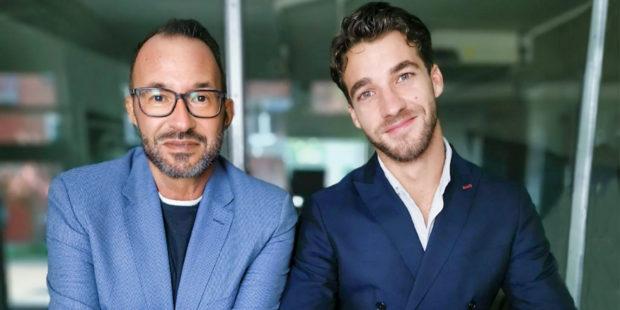 Gastgeber und Gast des neuen concerti-Podcasts »Blind gehört«: Moderator Holger Wemhoff (l.) und Dirigent Lorenzo Viotti