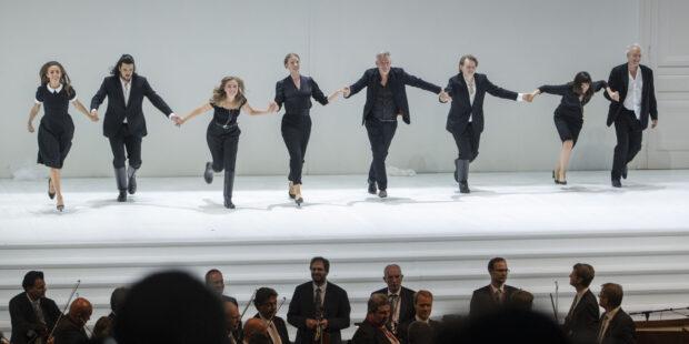 "Schlussapplaus bei Mozarts ""Così fan tutte"" bei den Salzburger Festspielen 2020"