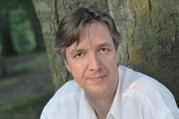 Gregor Bühl